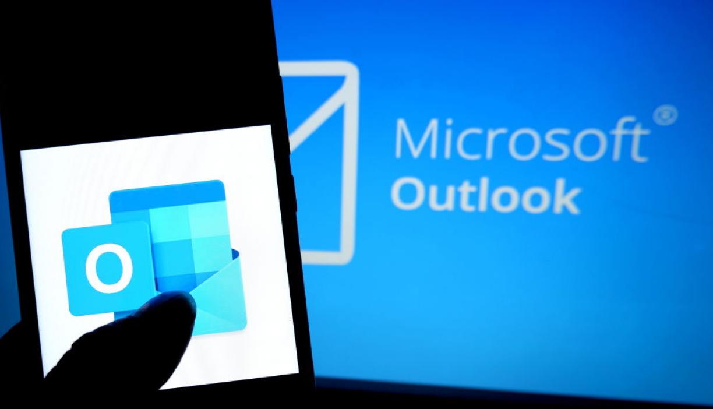 Maximize Microsoft Outlook